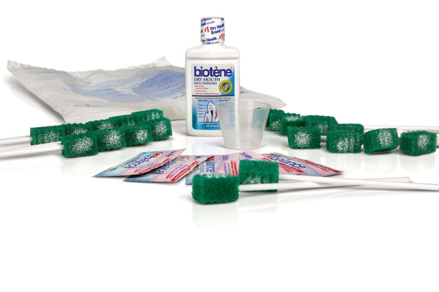 Medline Extended Oral Care Kit with Biotene - 20 Swabs, Mwash, Mois, Each - Model MDS096000