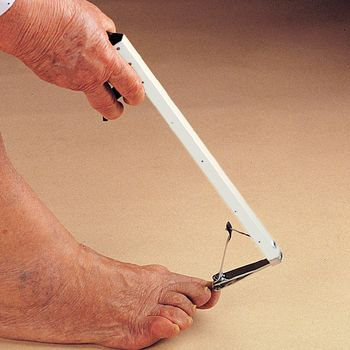 Toenail Clippers With Long Handle