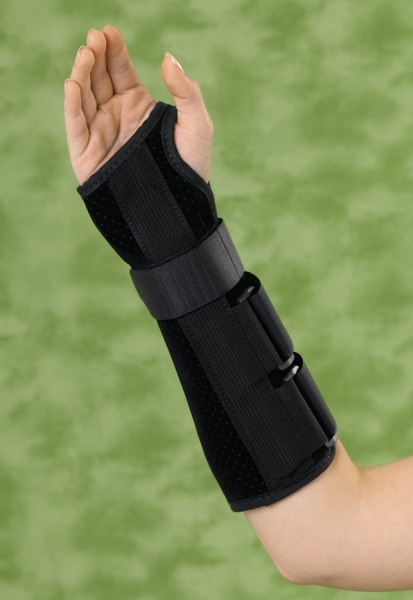 Medline Wrist and Forearm Splint- Dlx, 10